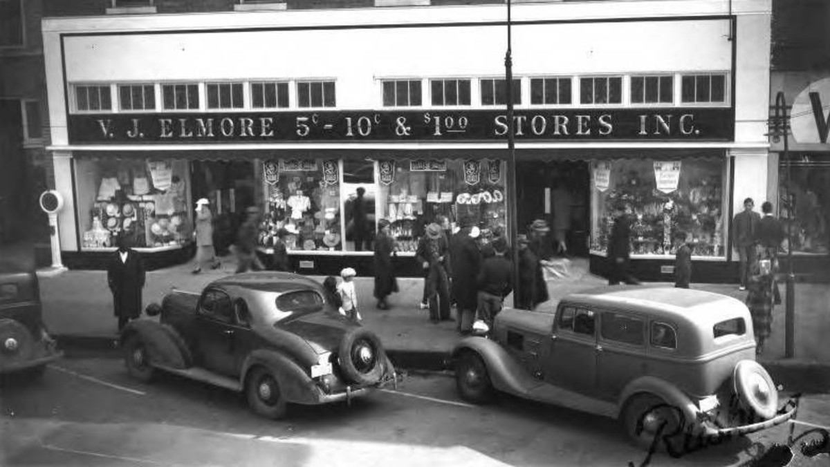 This 1937 photo shows the V.J Elmore store in Jasper, AL.