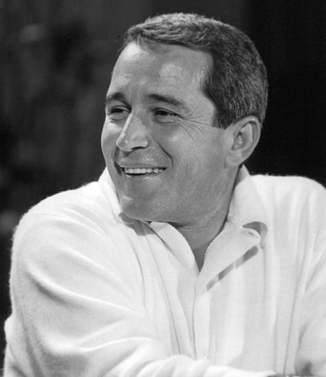 My hero, Perry Como. And notice what he is wearing.