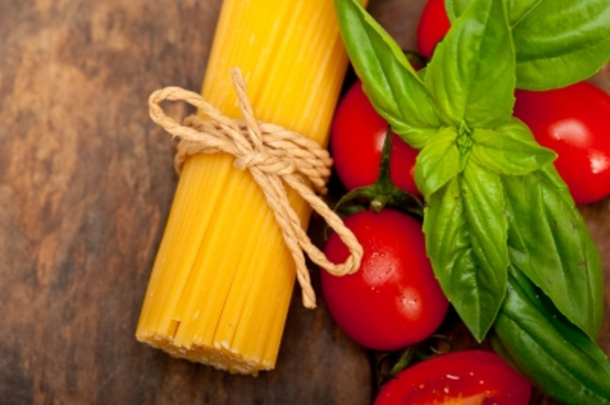 Basil with Spaghetti and Tomatoes