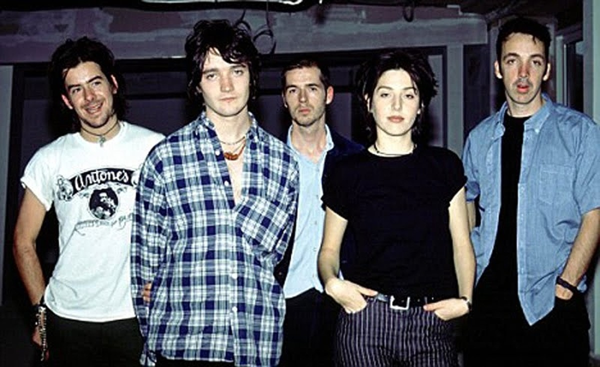 Top 20 of the Best Scottish Indie Rock Bands of the 1990s