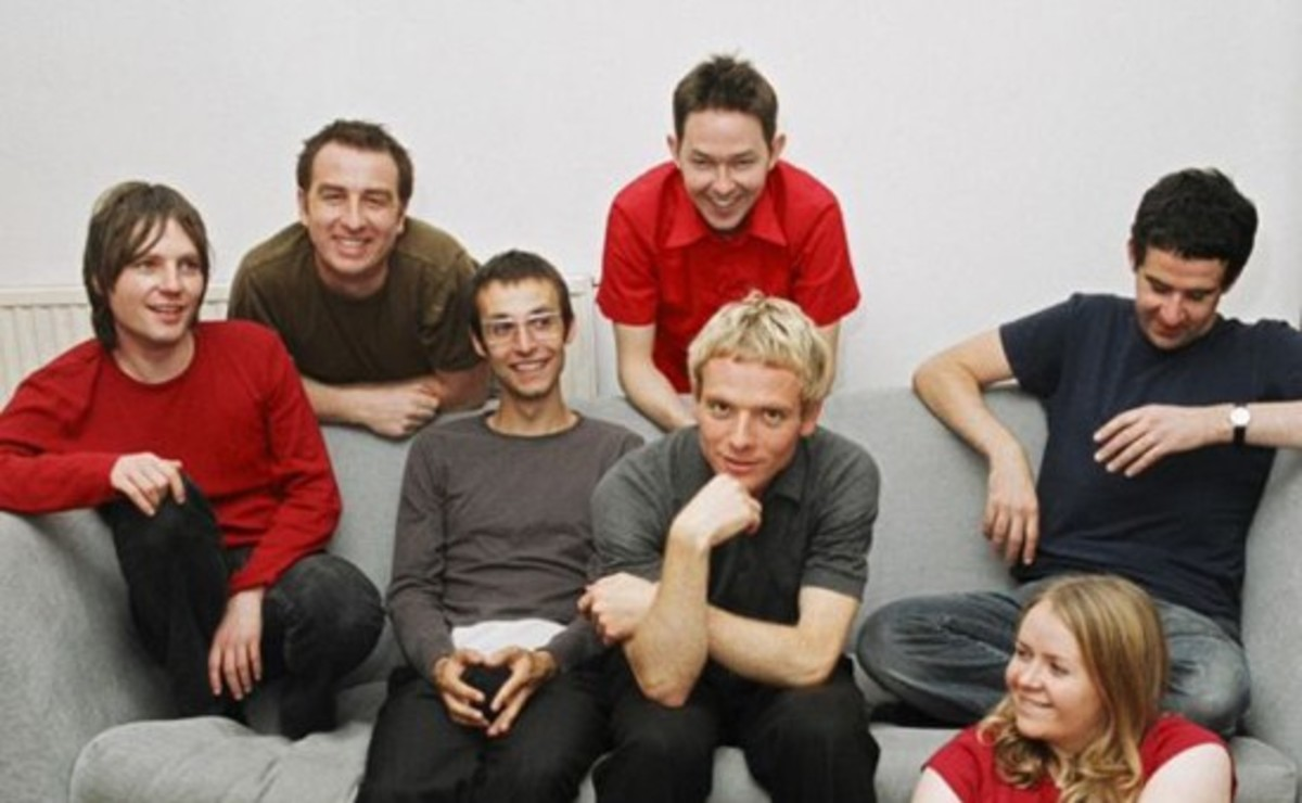 Top 10 of the Best Scottish Indie Pop Bands of the 1990s