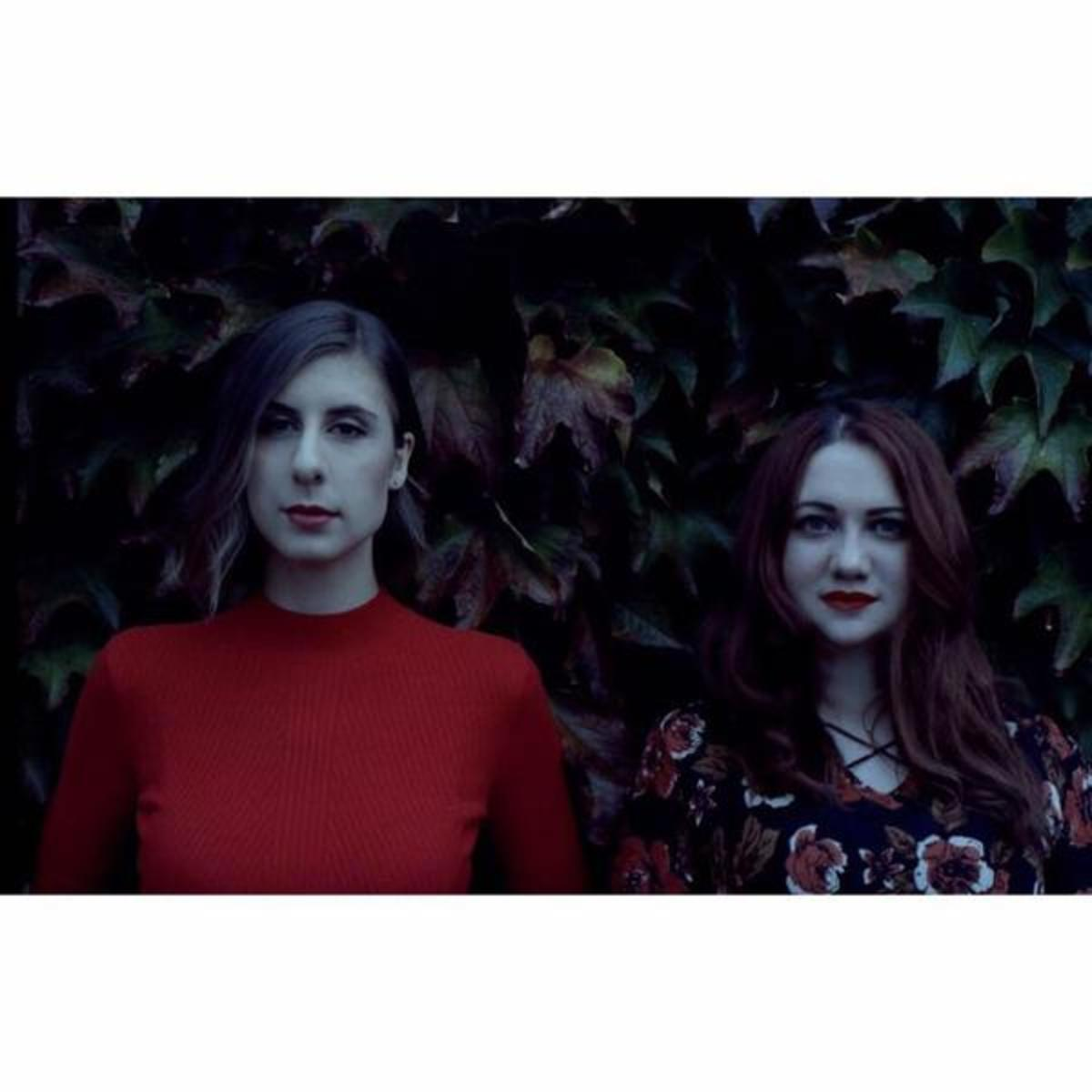 Hollow Twin: Canadian Folk Band Profiled