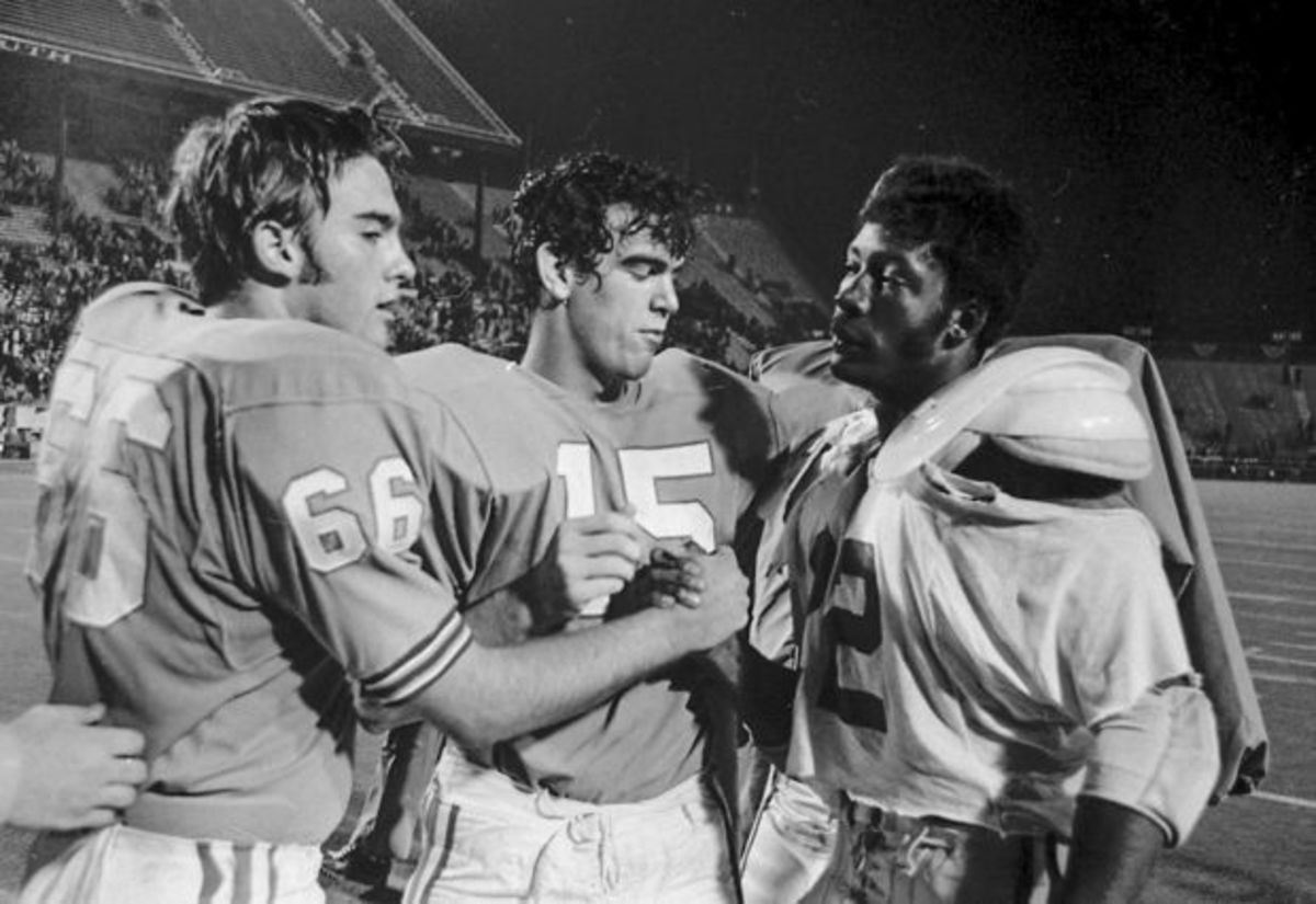 Woodlawn vs. Banks 1974 Remembering the biggest game in Alabama high school football history. There were NO photos of my Hamilton Aggies online, so I chose the next best photo.