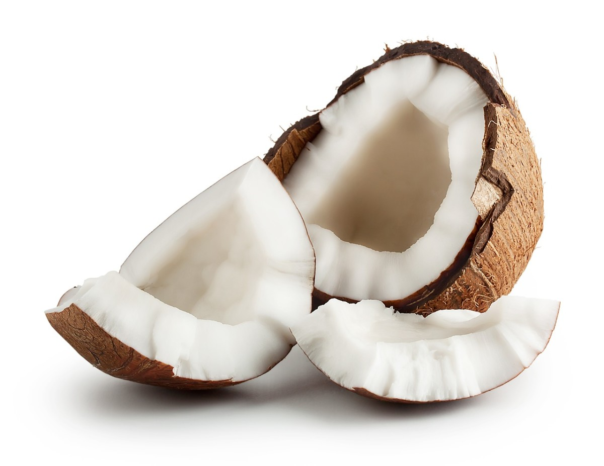 Coconut Oil Is Awesome For Everything From Cooking To Skin Care It S One Of Life Simple Pleasures And The Best Oils Are Gently Fragrant