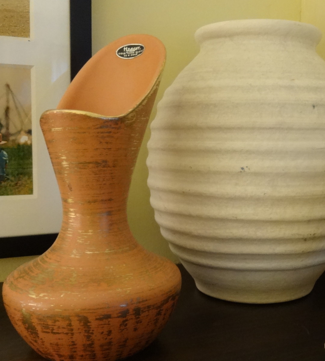 "Small Haeger vase in ""Gold Tweed"" glaze, with larger 1980s Haeger vase behind it"