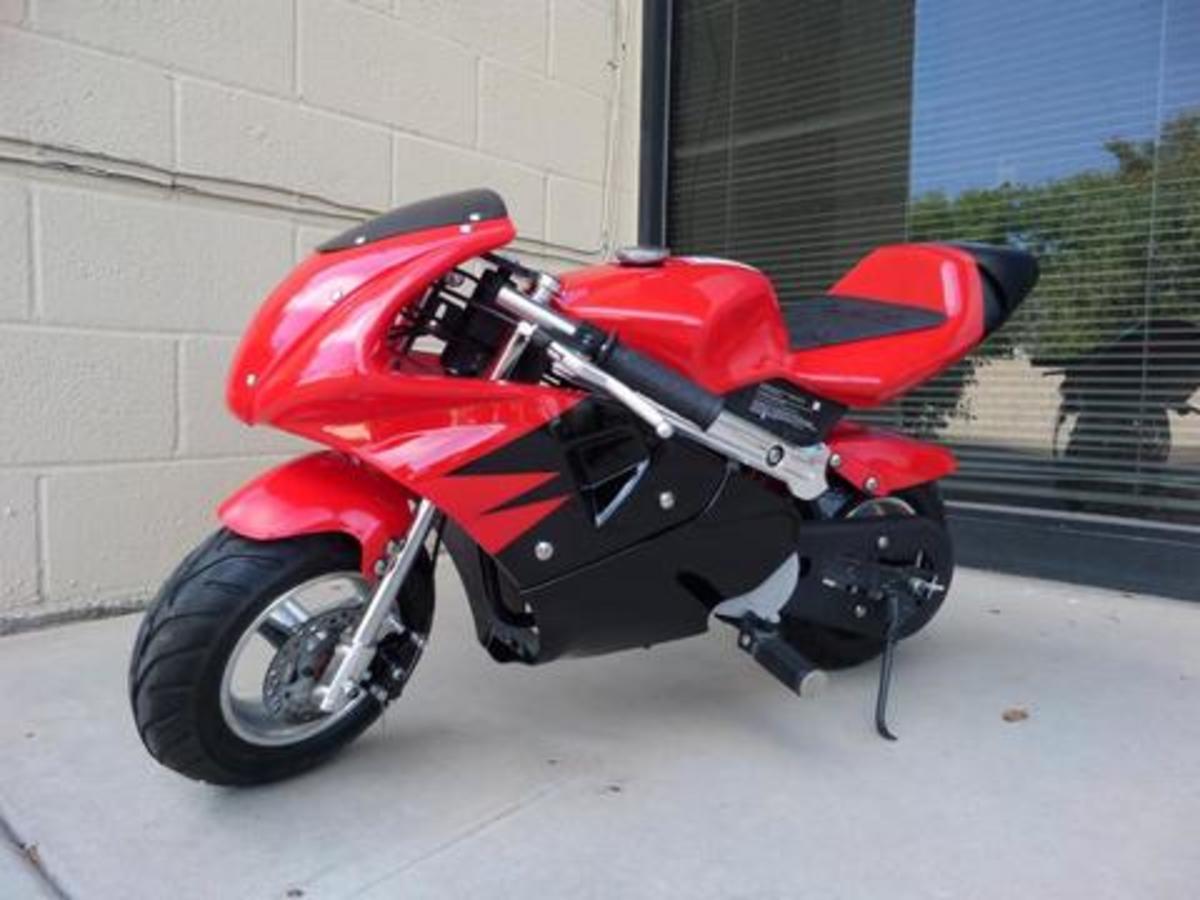 the-40cc-premium-gas-pocket-bike-a-review