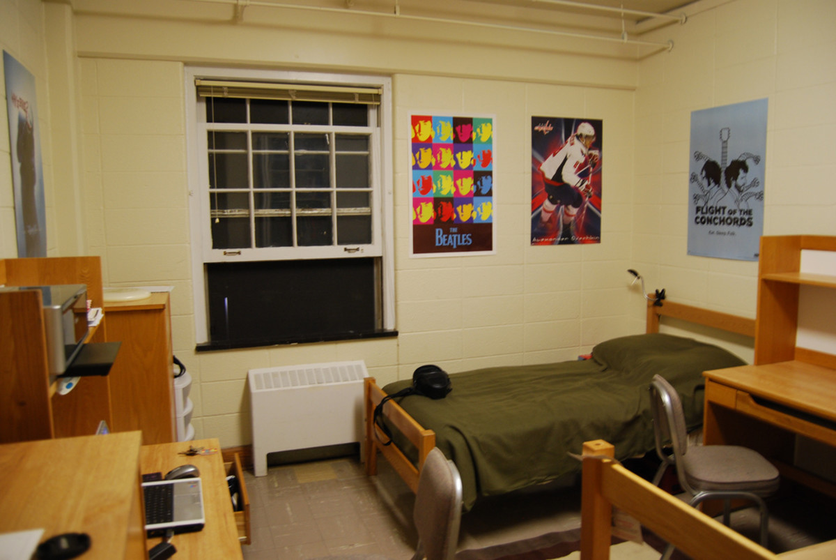 How to Make Your Dorm Room Feel More Homey