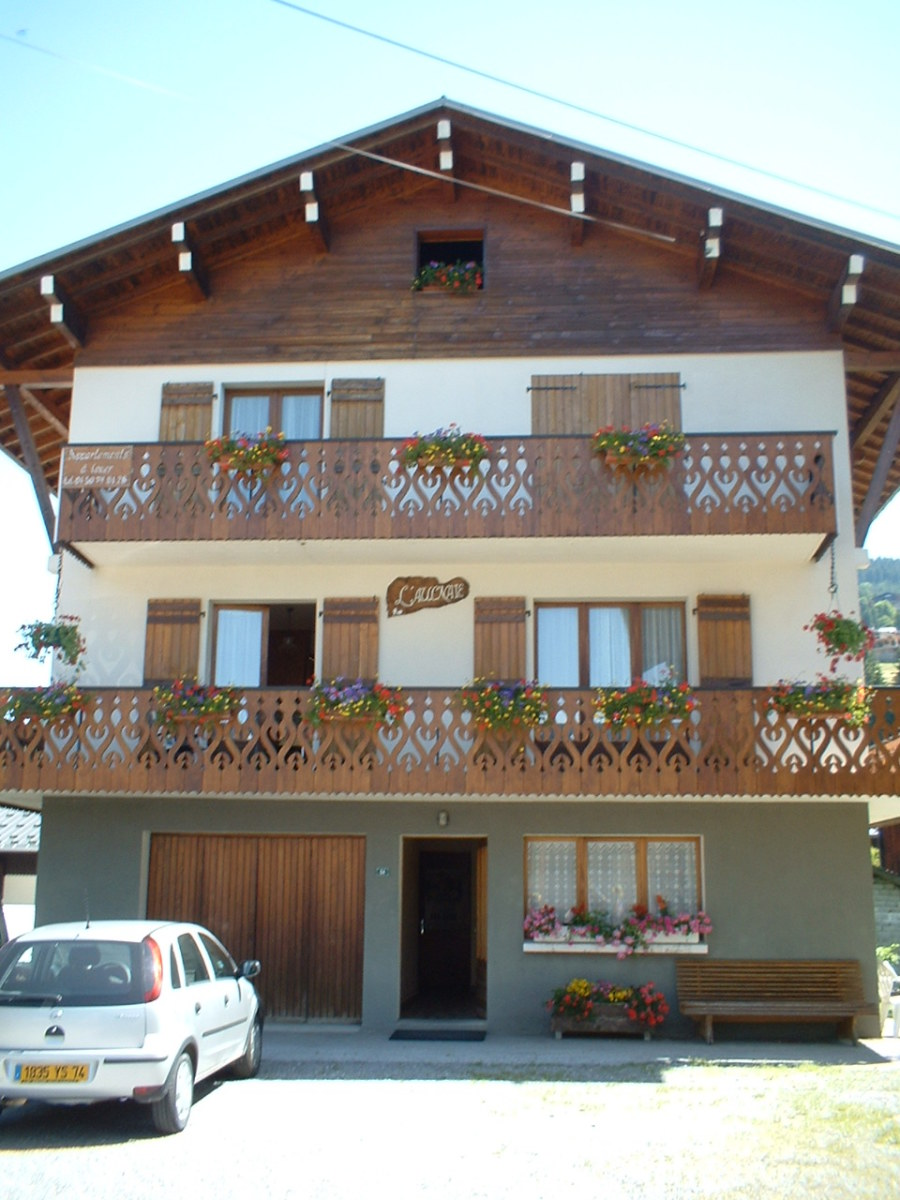 The house where I was lodged in Les Gets, French Alps. I fell from the closed door on the second floor balcony.