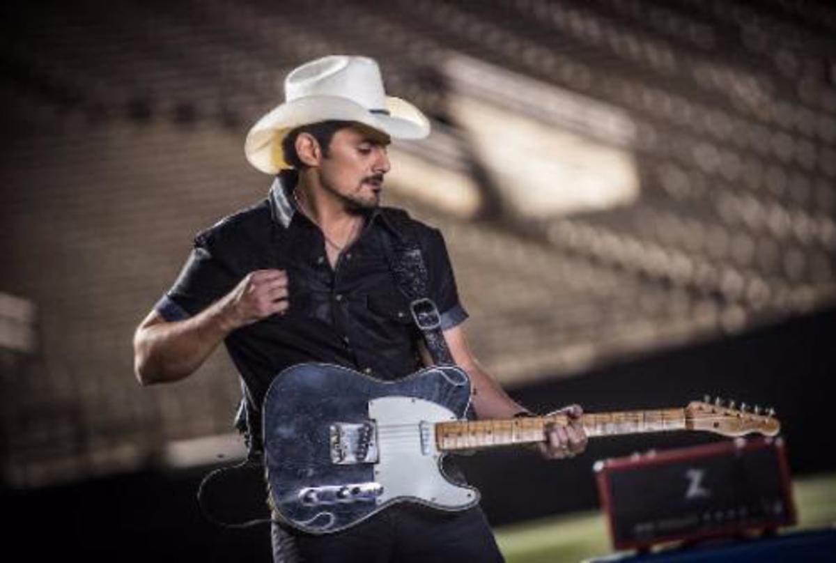 Fender Artist Series Telecasters: Brad Paisley vs. Richie Kotzen