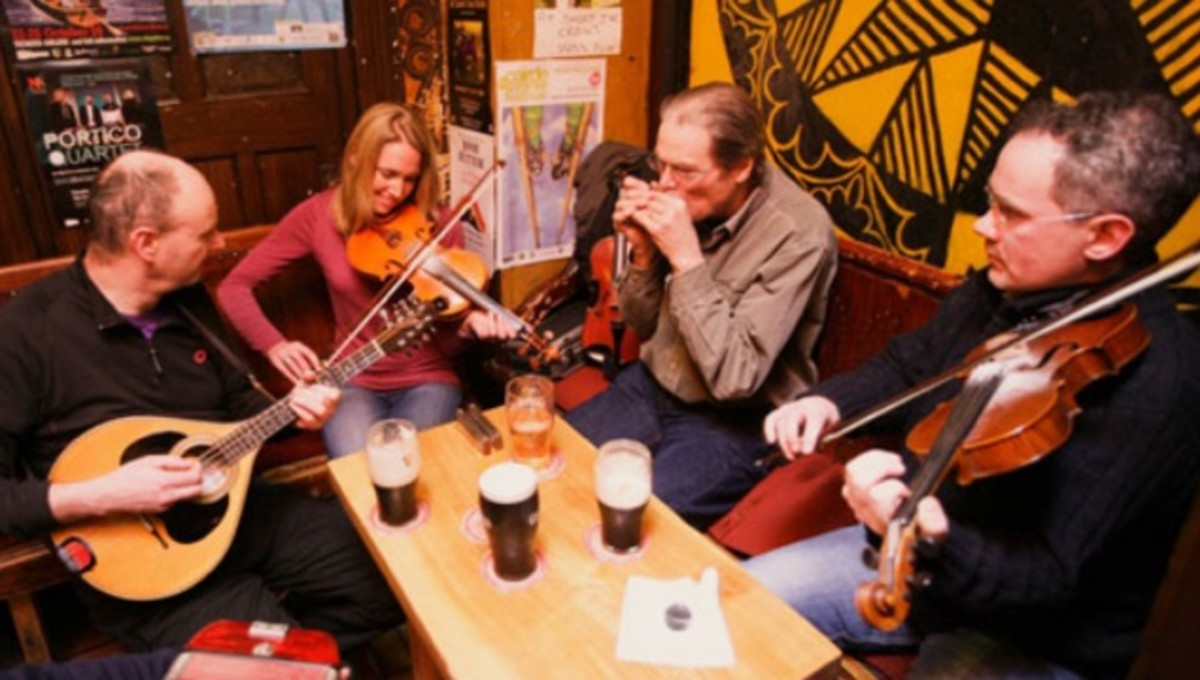 Pub Music of Ireland and Britain