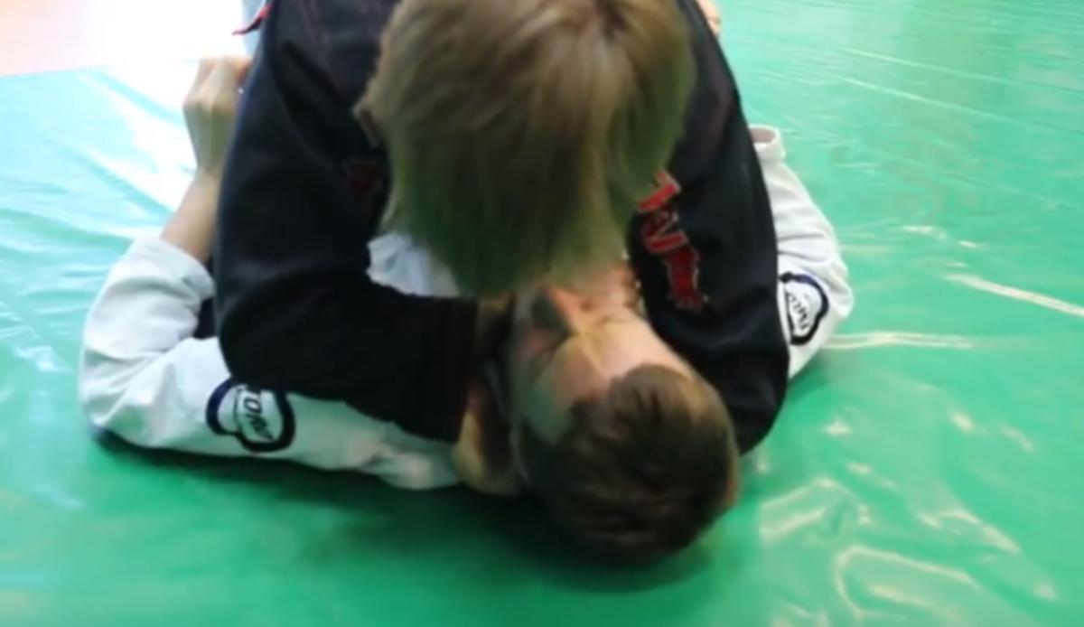 How to Ezekiel Choke Someone