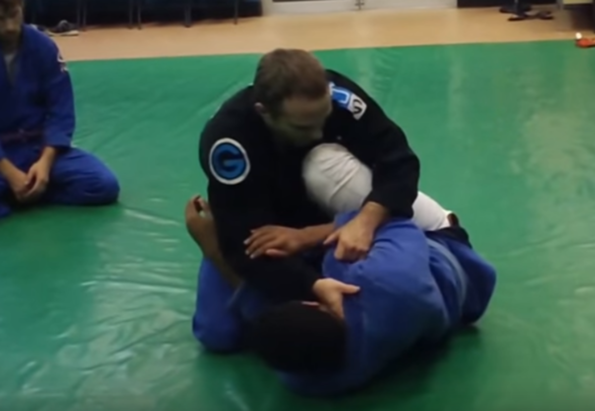 Leg-Staple Guard-Pass Combinations