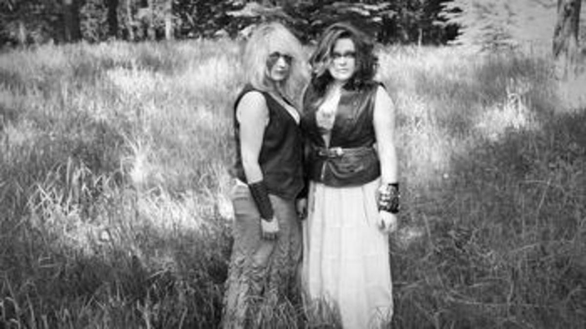 The Doll Sisters - Canadian Roots Musicians Profiled