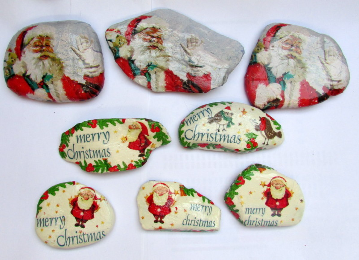 Learn how to make Christmas decorations on some rocks using Santa napkins.