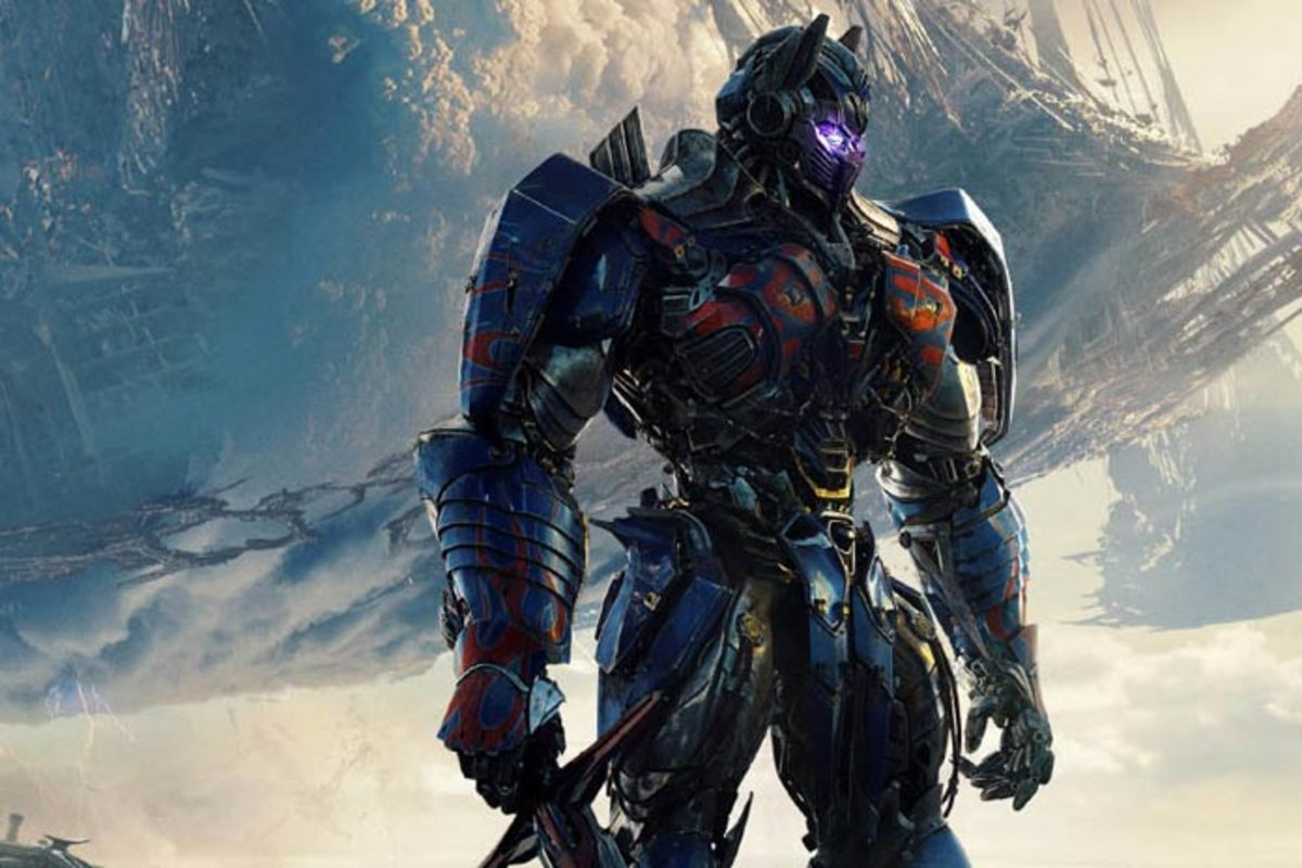Transformers: The Last Knight Review: A Loud Mess of a Film