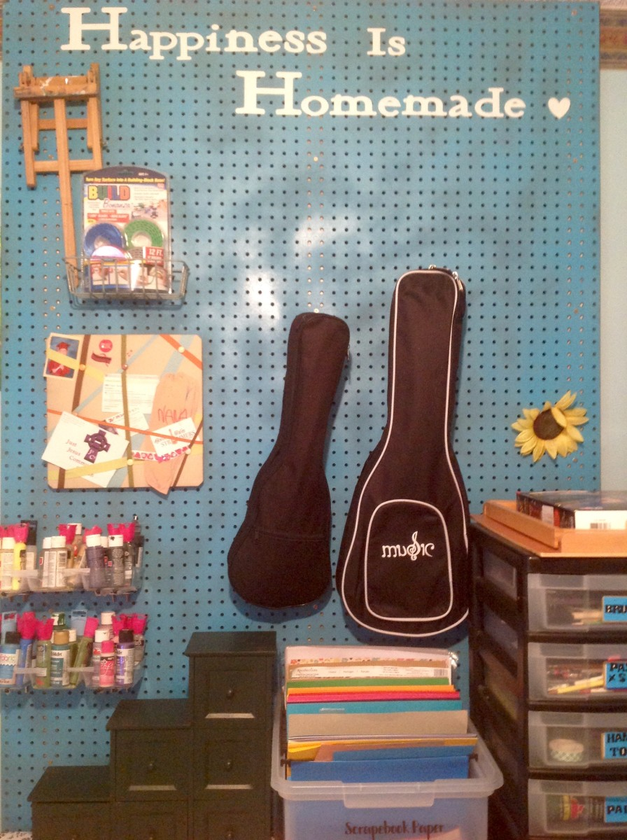 How to Make a Pegboard Organizer