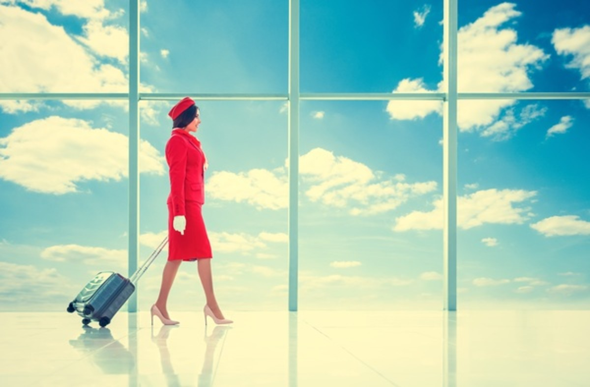 5 Things to Consider Before Becoming a Flight Attendant