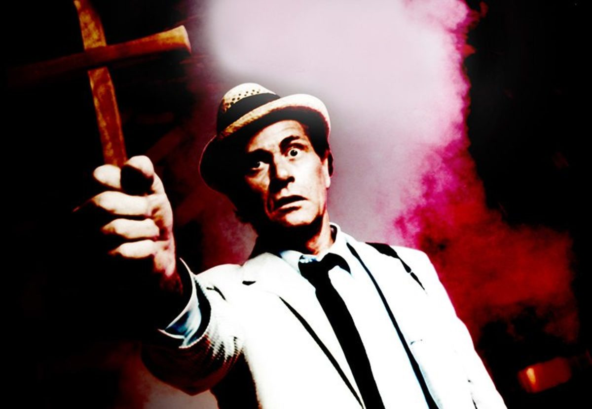 Carl Kolchak, the least likely of heroes.