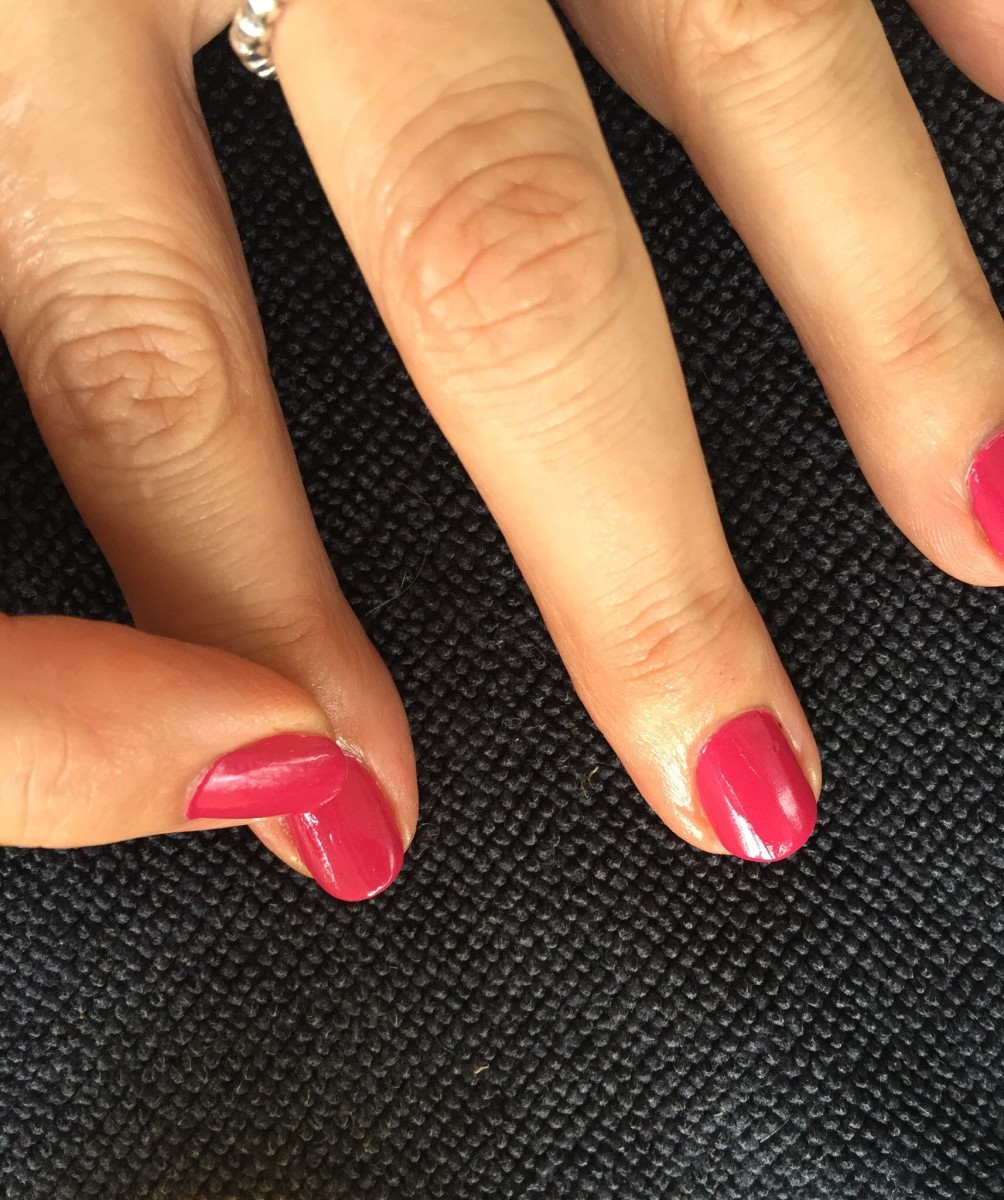 How to Manicure and Care for Your Nails at Home | Bellatory