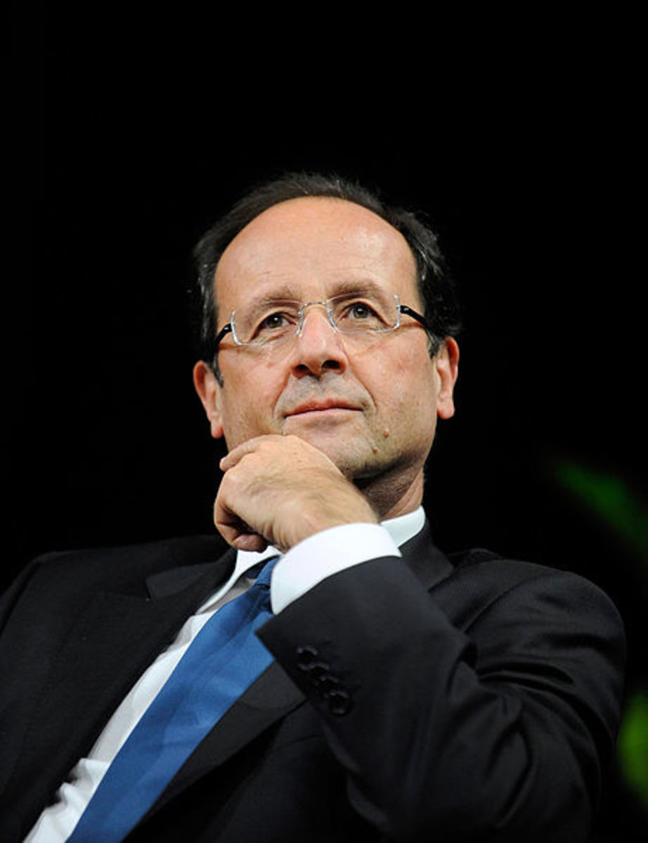 François Hollande Journées de Nantes. Just look at how distinguished this man looks.
