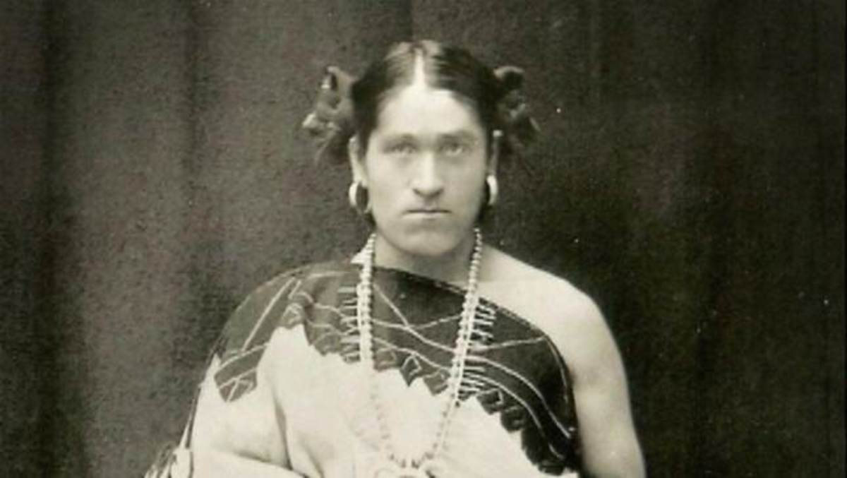 No one in Washington D.C. doubted that the visitor from Zuni was a woman, but, in fact, We'wha was born a man.