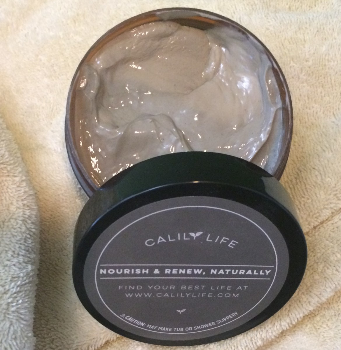 Skin Care Reviews: Calily Life Organic Dead Sea Mud Mask