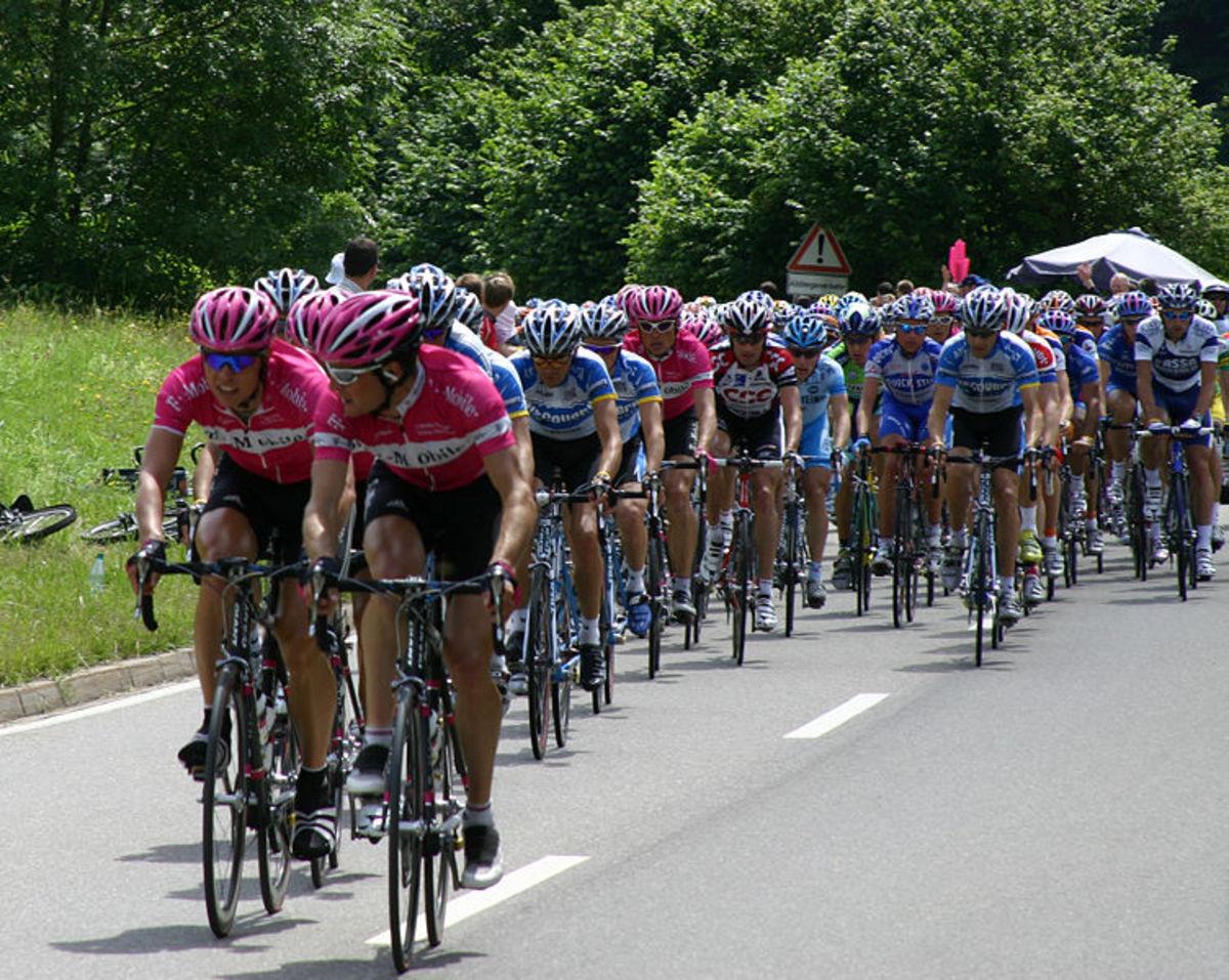 The Peloton of the Tour de France, 9th of July 2005 - Vzach - released into Public Domain