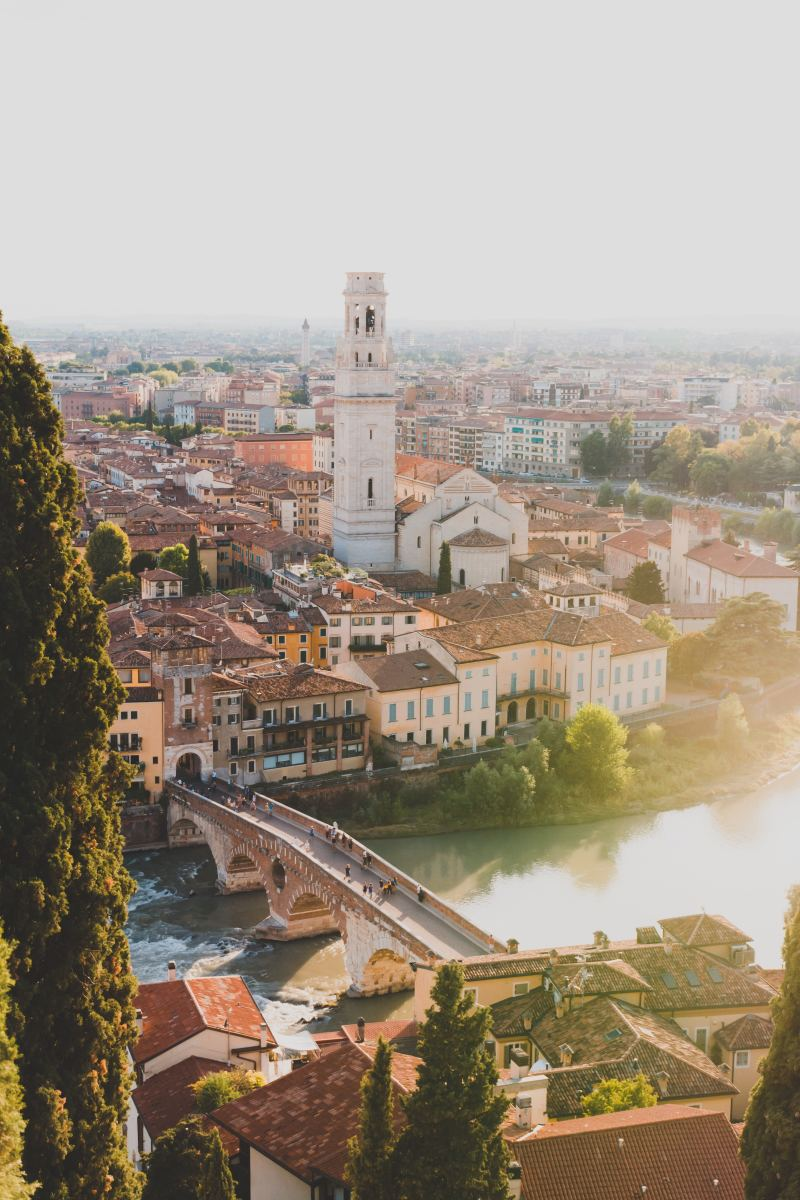A Guide to the 7 Best Attractions in Verona