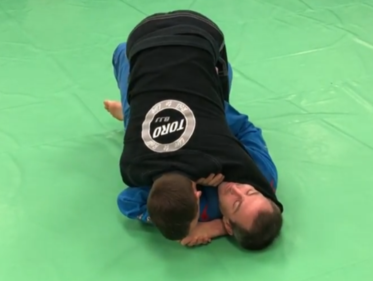 "The ""Tripod"" Guard Pass for Half Guard"