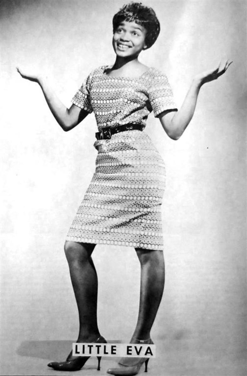 1962 photograph of Little Eva from a program for Murray the K's Christmas Revue that year.