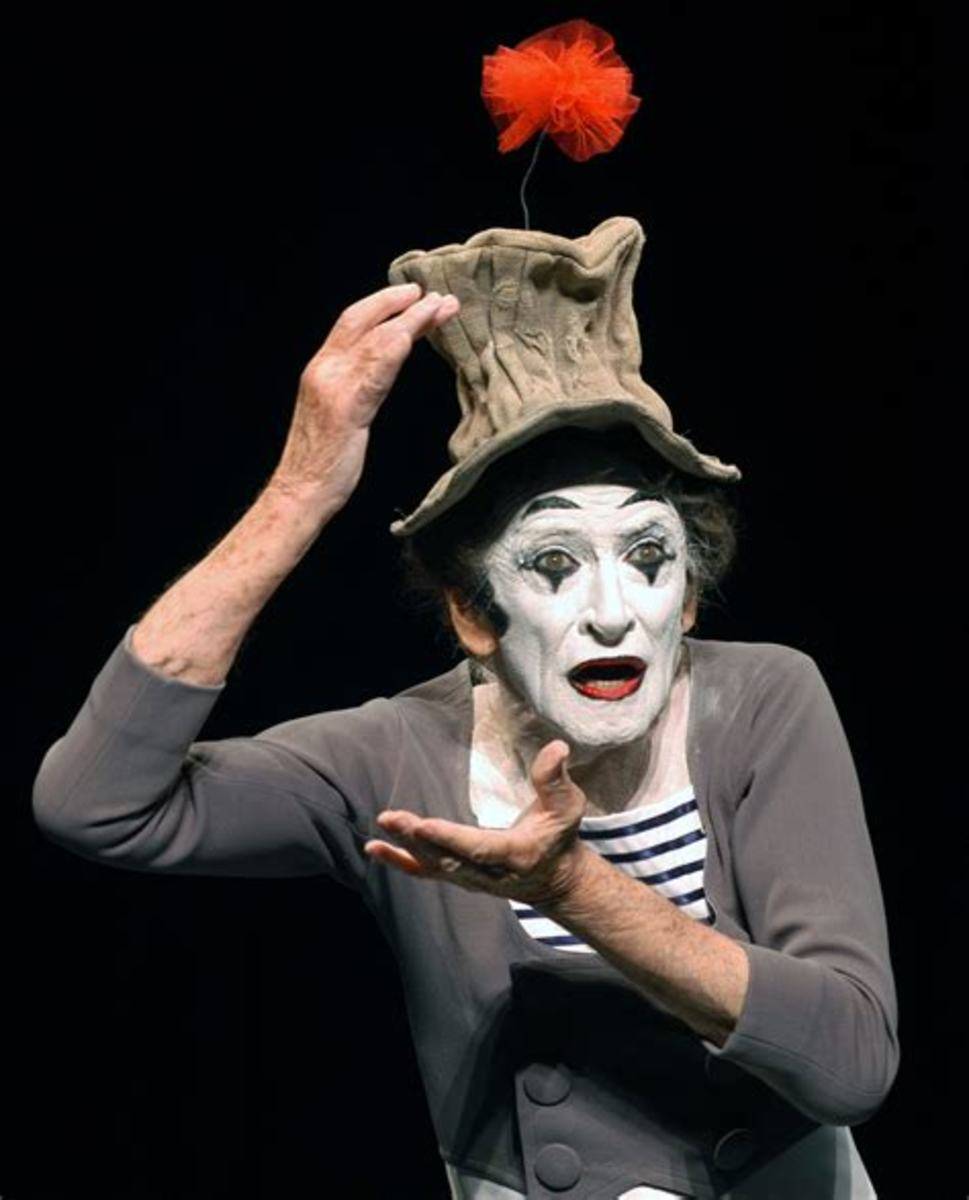 The art of mime with a French legend.