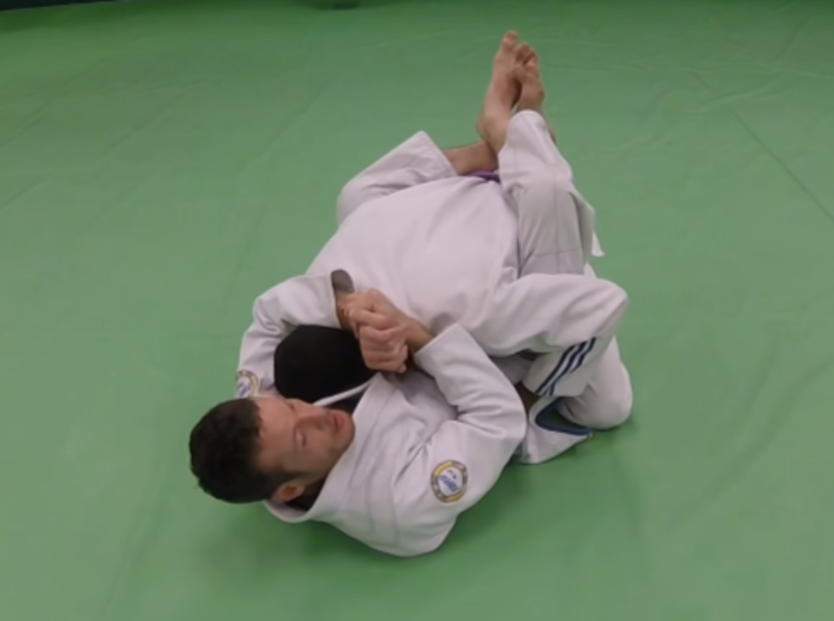 Controlling a partner's posture in closed guard.