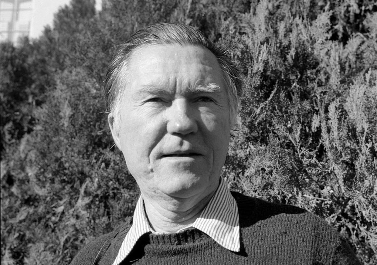 """Analysis of Poem """"At The Bomb Testing Site"""" by William Stafford"""