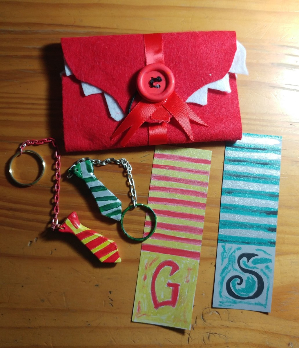 3 Fun Harry Potter Crafts A Keychain A Bookmark And A
