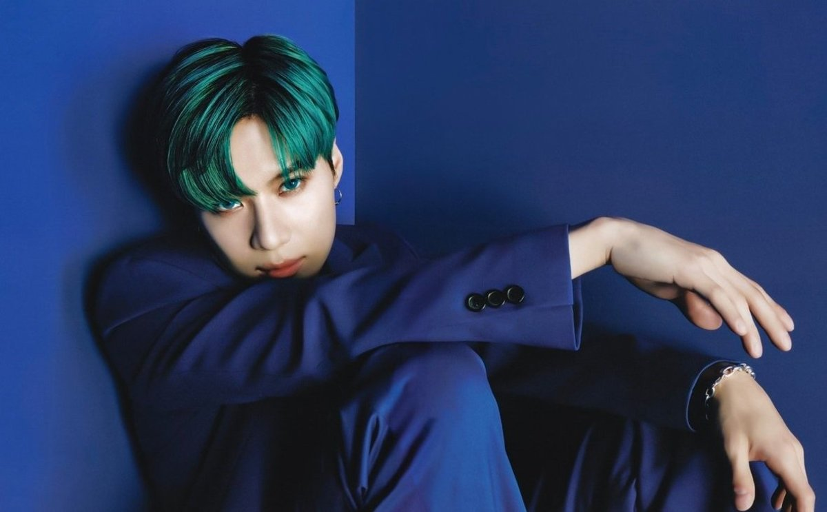 Top 10 Most Handsome K-Pop Male Idols (2019)