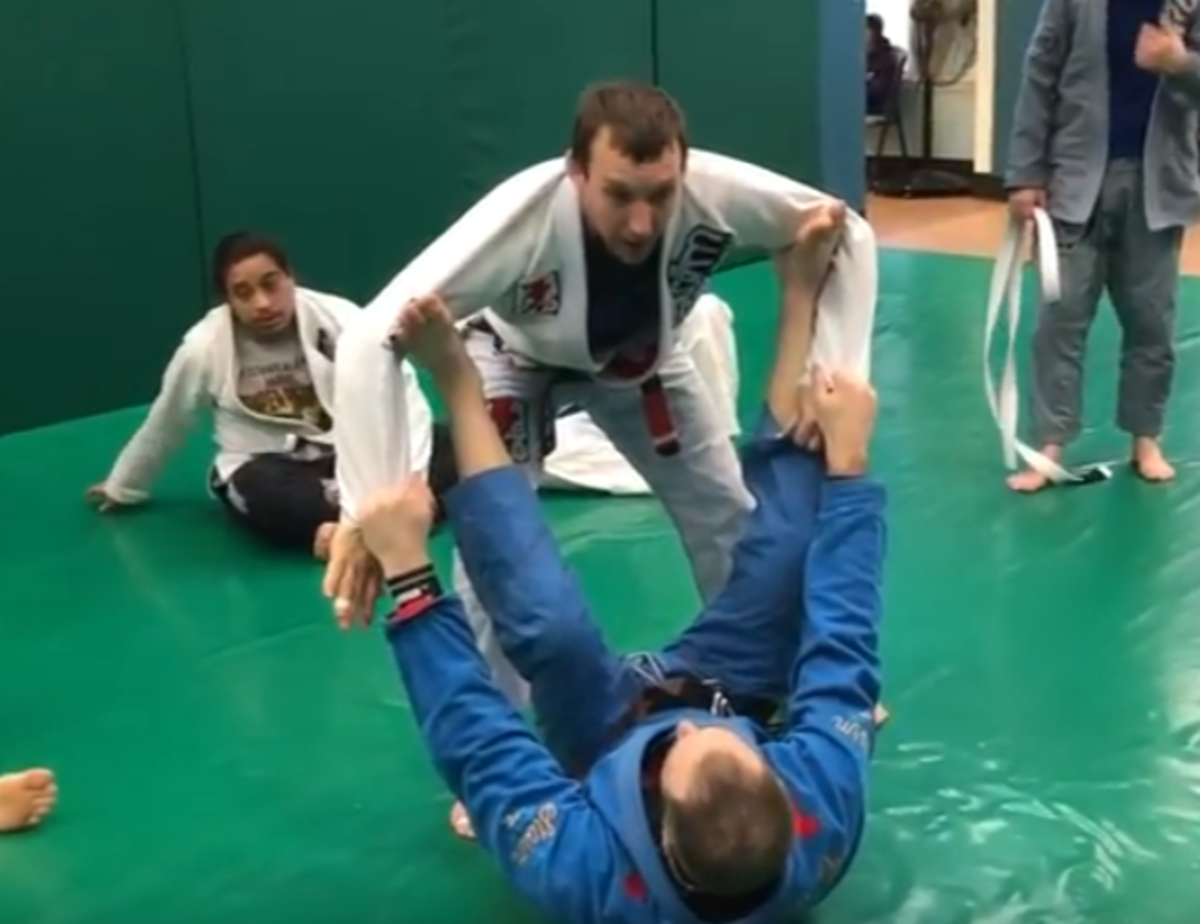 How to Pass Spider Guard in Brazilian Jiu-Jitsu
