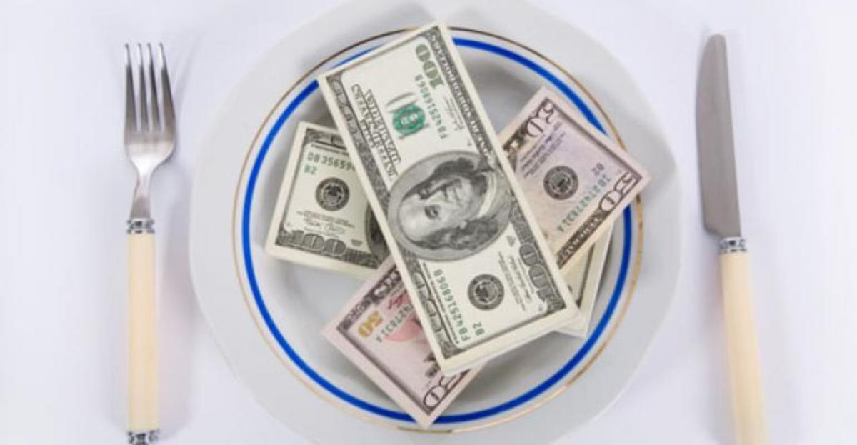 Eating out can be expensive, but there are ways to save.