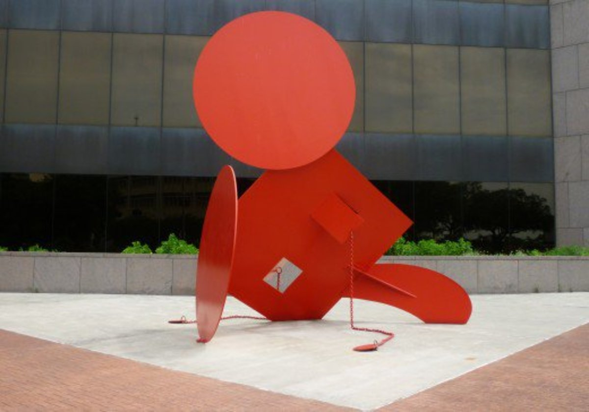 Geometric Mouse X Sculpture by Claes Oldenburg in Houston, Texas