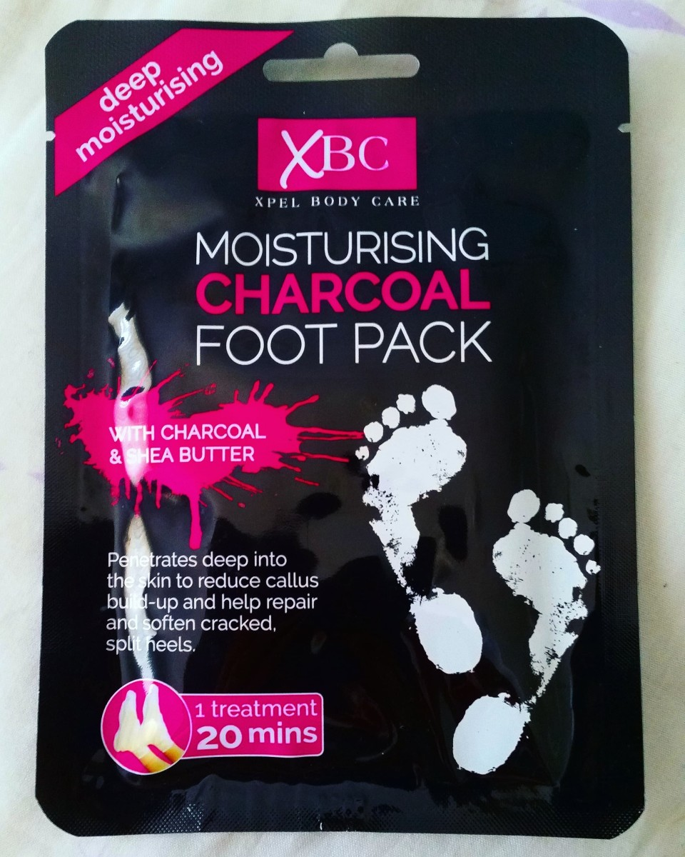 The packaging of the Xpel Body care: XBC Moisturising Charcoal Foot Pack that I used.