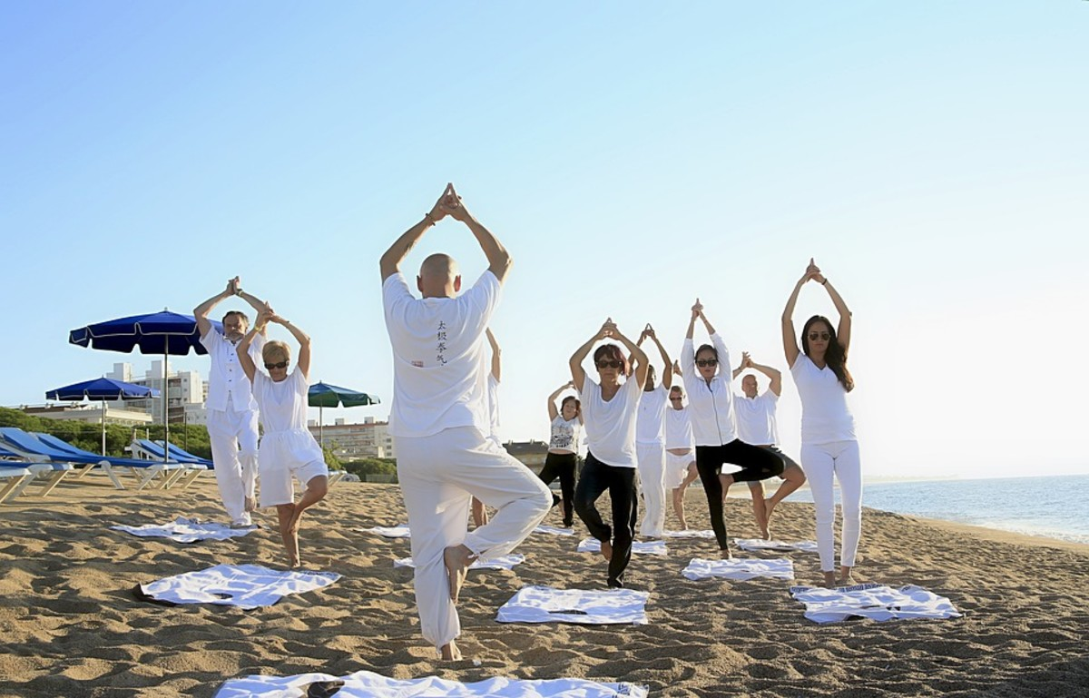Group yoga is a great chance to meet new friends