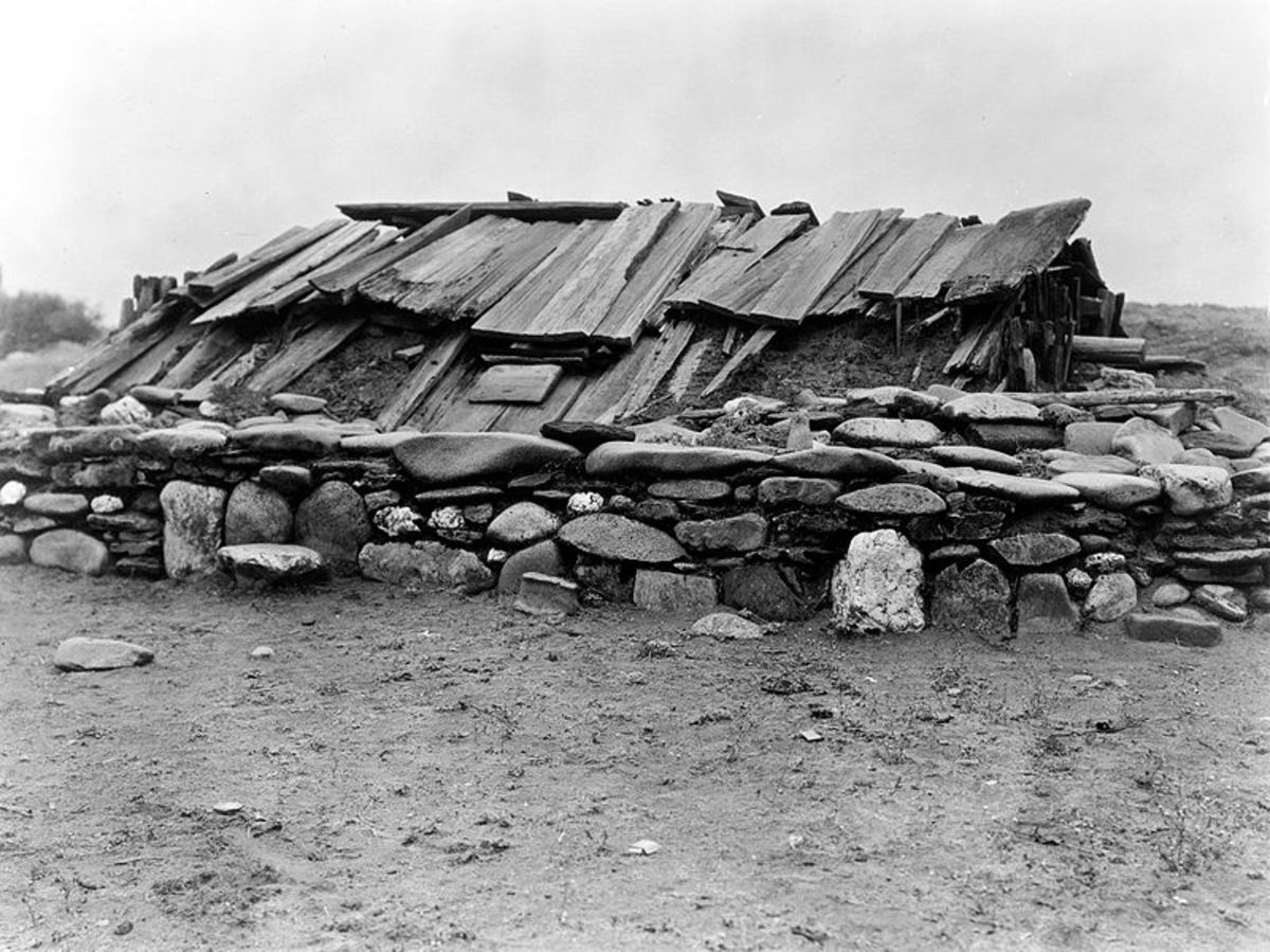 A sweat lodge contructed of natural materials in the early 1920s.