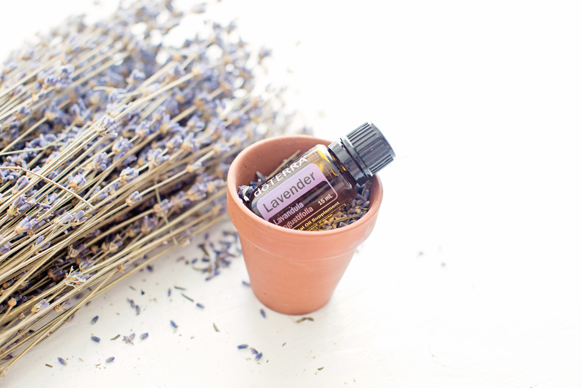 Lavender essential oil is an effective and natural anti-inflammatory.