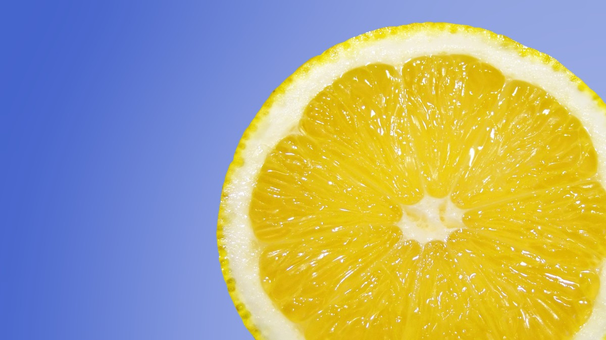 Mixing lemons in water helps soothe a sore throat.