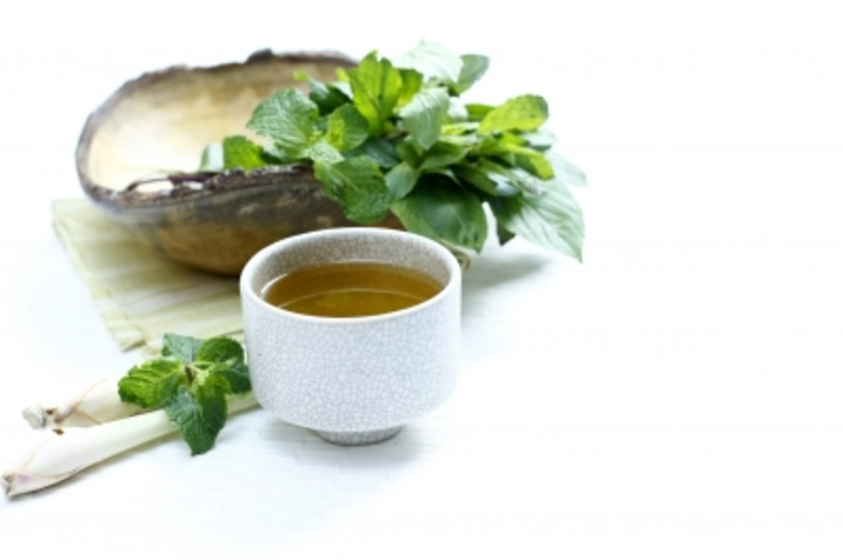 Green tea has many impressive health benefits.
