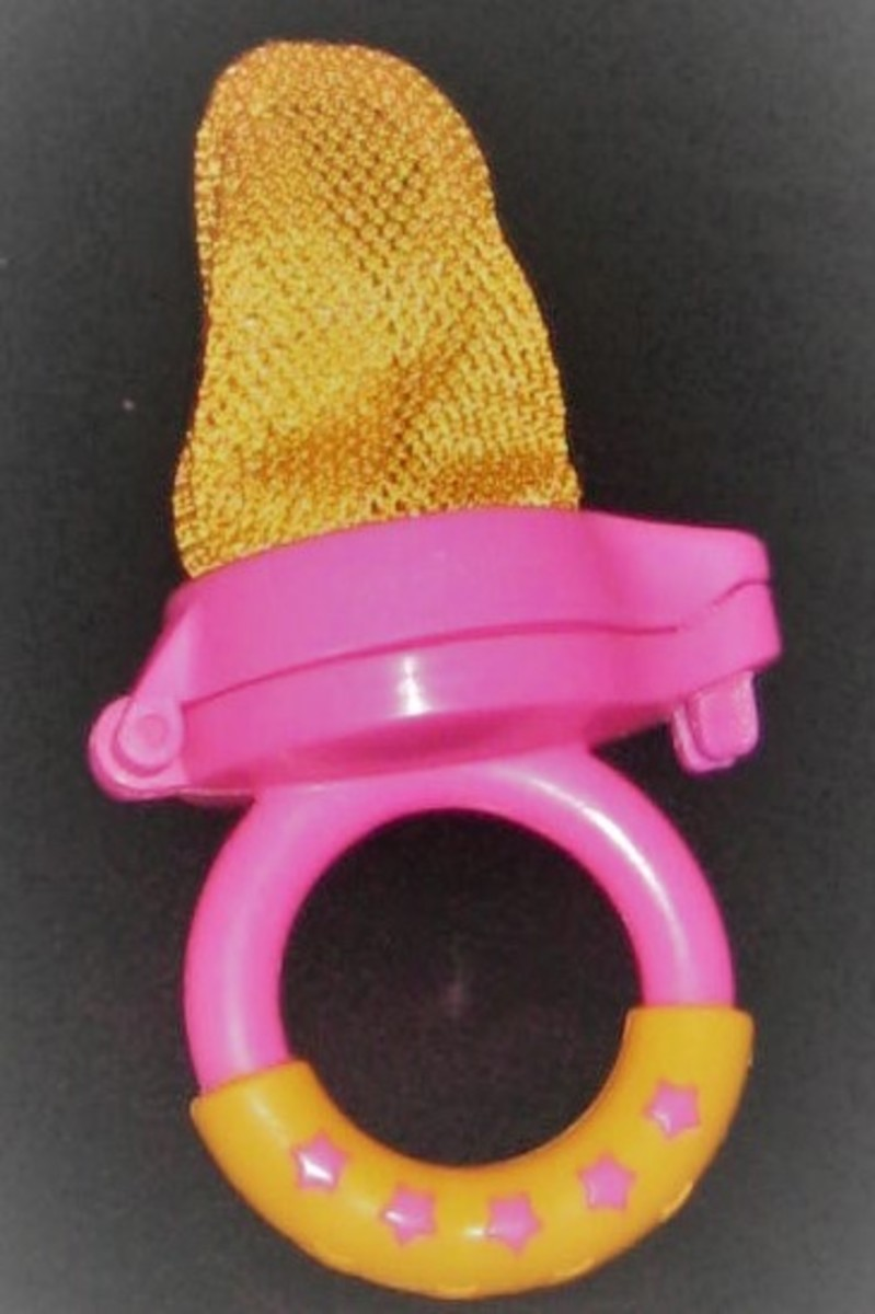 Use a mesh feeder for this teething remedy.