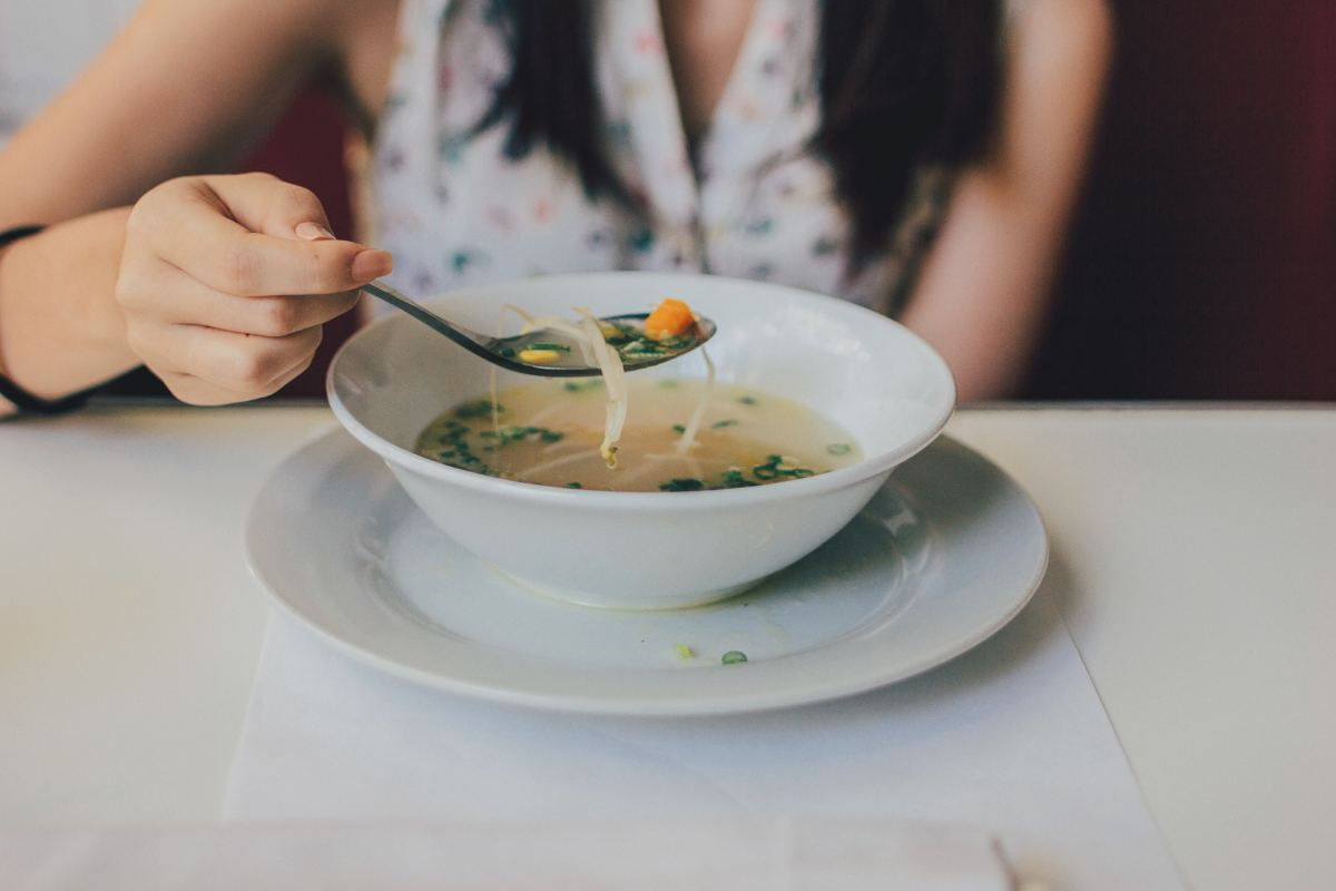 Warm soups are often recommended for those with a spleen qi deficiency.