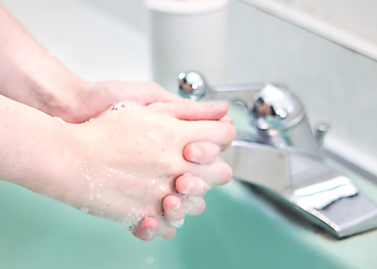 "This is very very important: Wash your hands. Do it the way a nurse does, and soap up your hands while singing ""twinkle twinkle little star."" Then rinse and wash your hands one more time the same way."