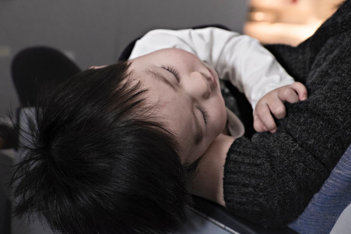 There are several steps you can take to help reduce the occurrence of ear infections in children.