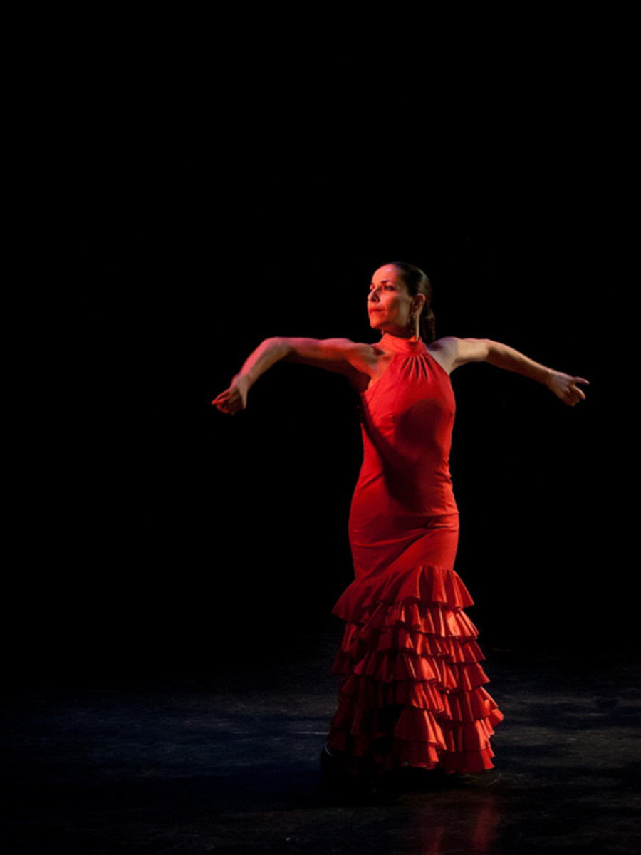 The elbows lead the way in flamenco arms
