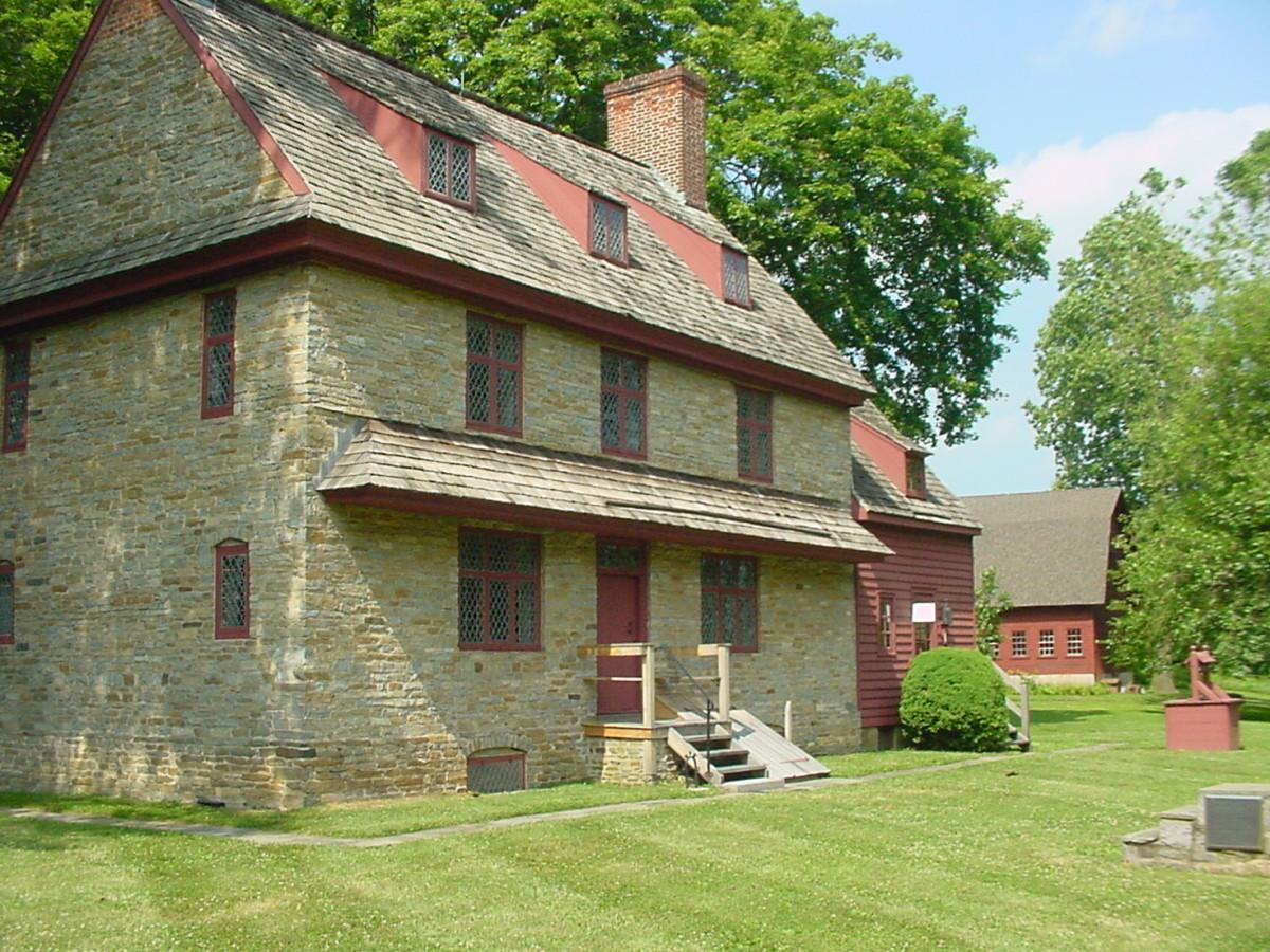 The William Bronton 1704 house